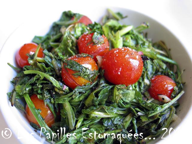 Poelee tomates cerises et roquette