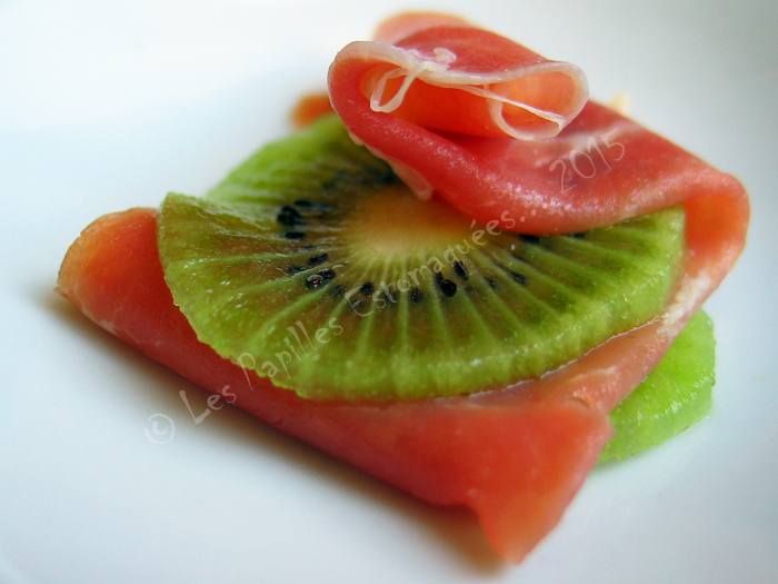 Kiwi au jambon cru