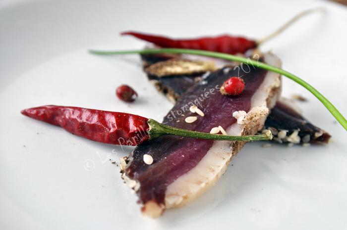 Magret canard seche piment sesame coriandre 01